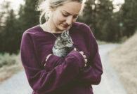 Flört etmeyi kedilerden öğrenin