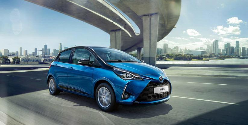 Toyota yaris kadınlar için uygun fiyatlı otomatik araç
