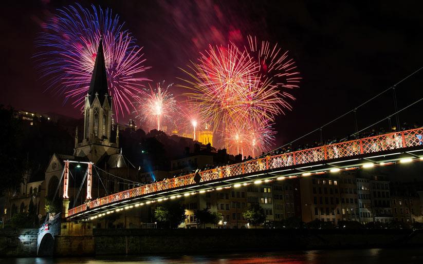 Lyon'da yılbaşı için ışık festivali düzenleniyor