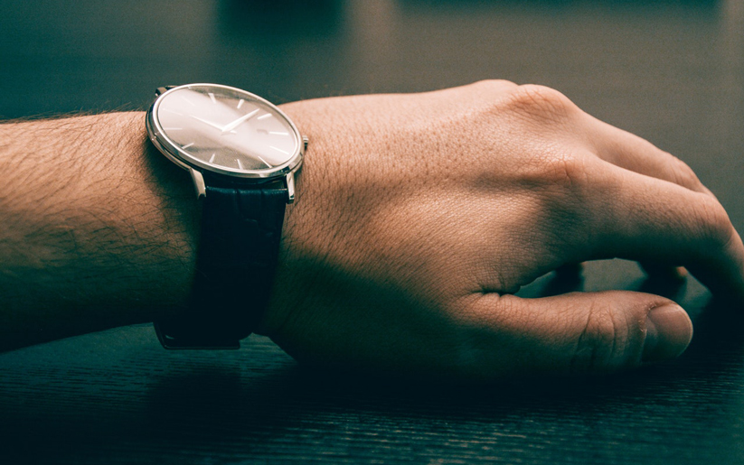 beden dilinde el kol hareketleri önemlidir