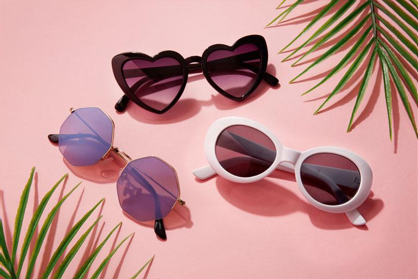 2018 Yaz aksesuar modasında retro gözlükler ön planda