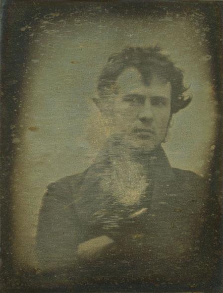 Robert Cornelius kendi fotoğrafını çeken ilk isim